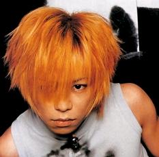 京( Dir en grey)の髪型とメイクの歴史(画像)。現在~若い頃(デビュー